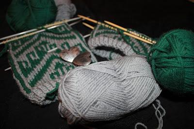 på pinnene strikking av russesokker