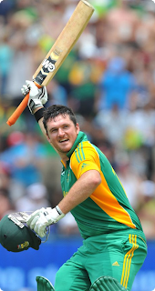 Graeme-Smith-South-Africa-celebrates-his-century-against-Sri-Lanka