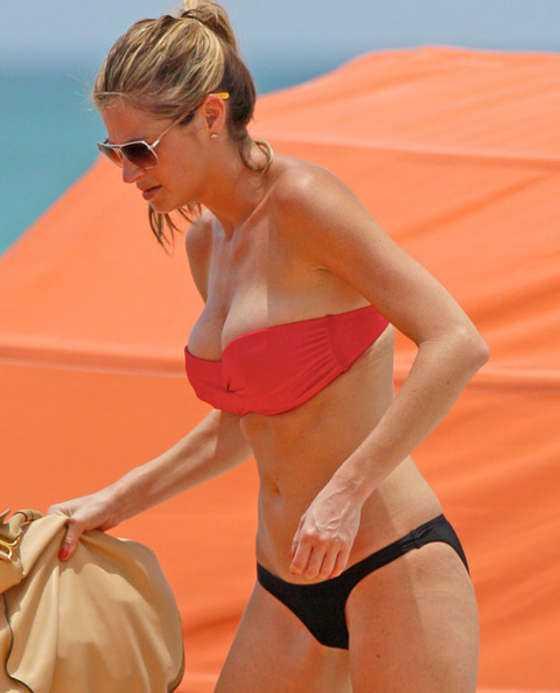 Sunny Days: Erin Andrews's impressive - 23.7KB