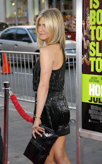 Jennifer Aniston straight layered bob hairstyle