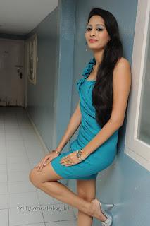 Shweta Jadhav Pictures at Namaste opening 004.jpg