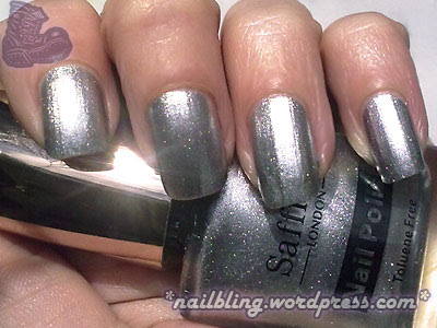 Saffron Colour 13 Silver Swatch