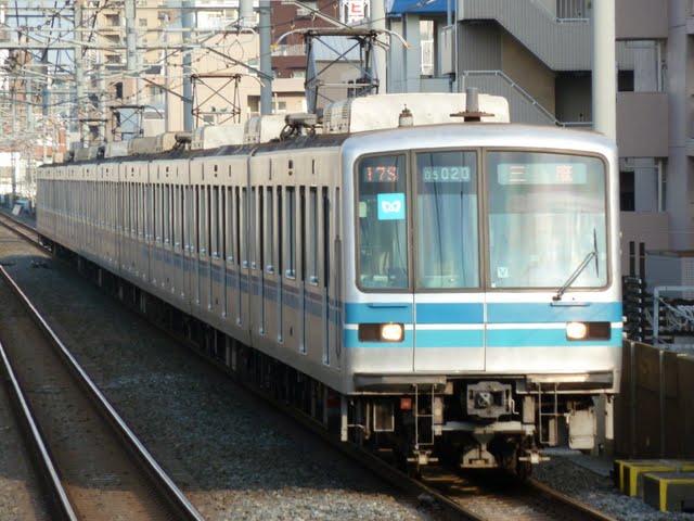 東京メトロ東西線 三鷹行き1 05系LED