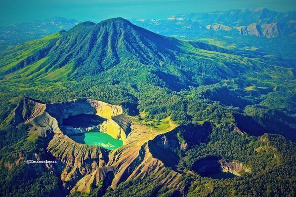 danau warna di indonesia