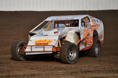 Auto Racing Boone Iowa on Ari  Fayette County Fair  B Modifieds