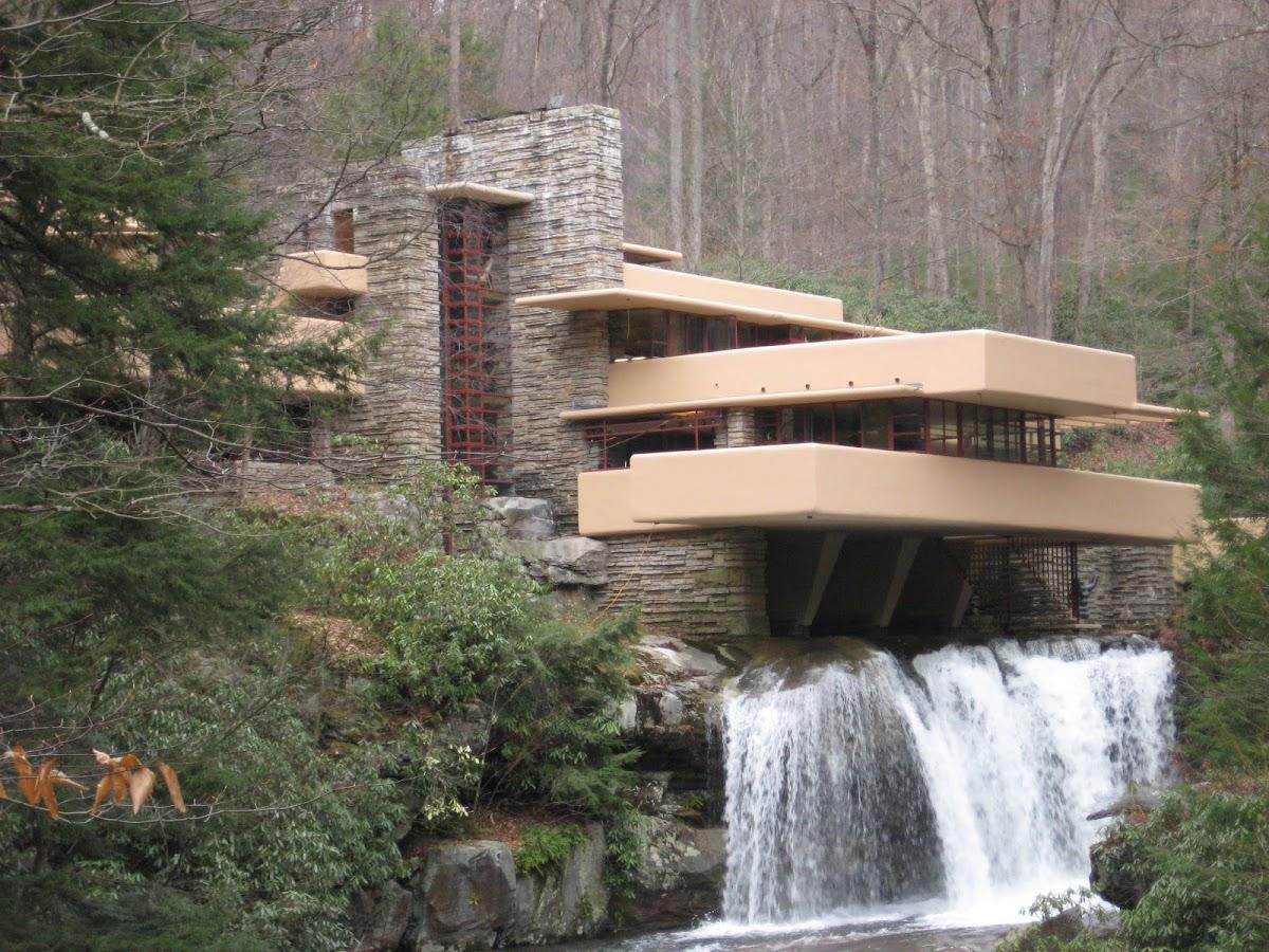 http://3.bp.blogspot.com/-xAM-GIY0PpE/T2Knyi7zJMI/AAAAAAAACfs/GLl7teLwJic/s1200/Fallingwater.JPG