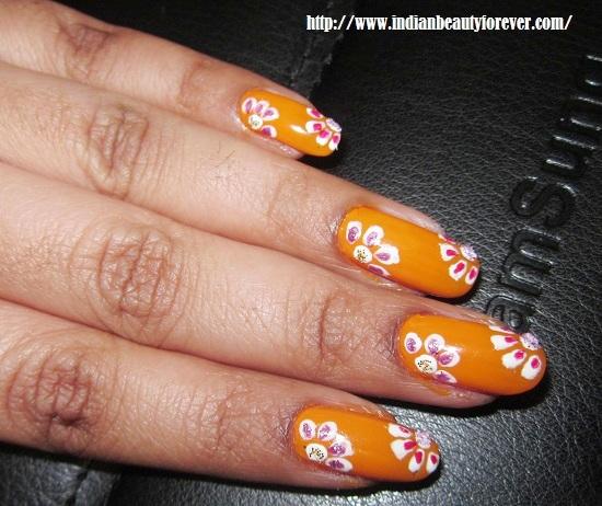 DIY nail art home