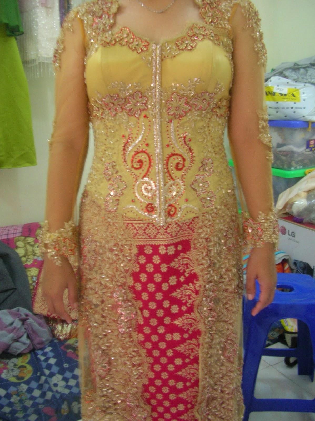 Foto Model Baju Kebaya Ukuran Besar