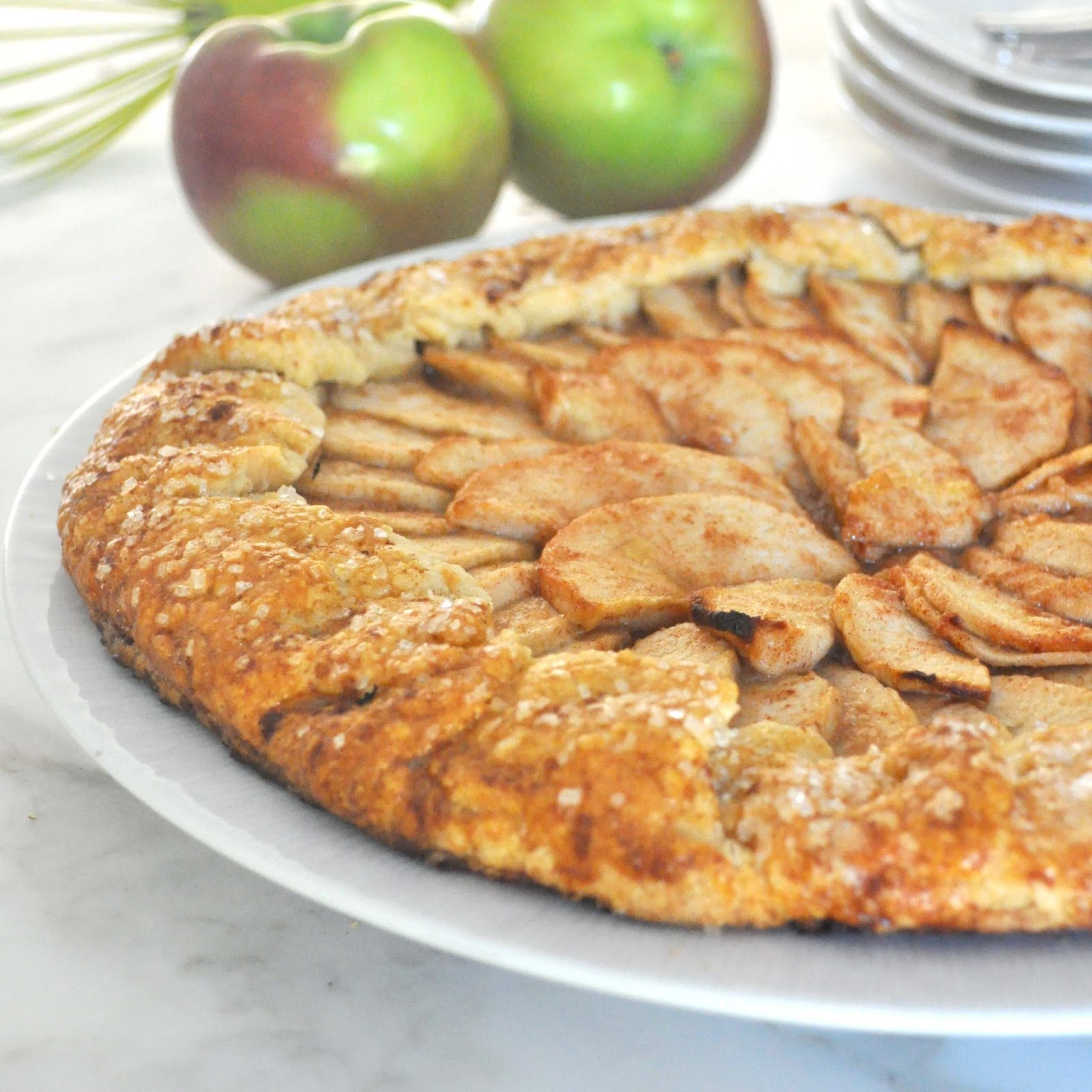 Cooking with Manuela: Rustic Apple Crostata