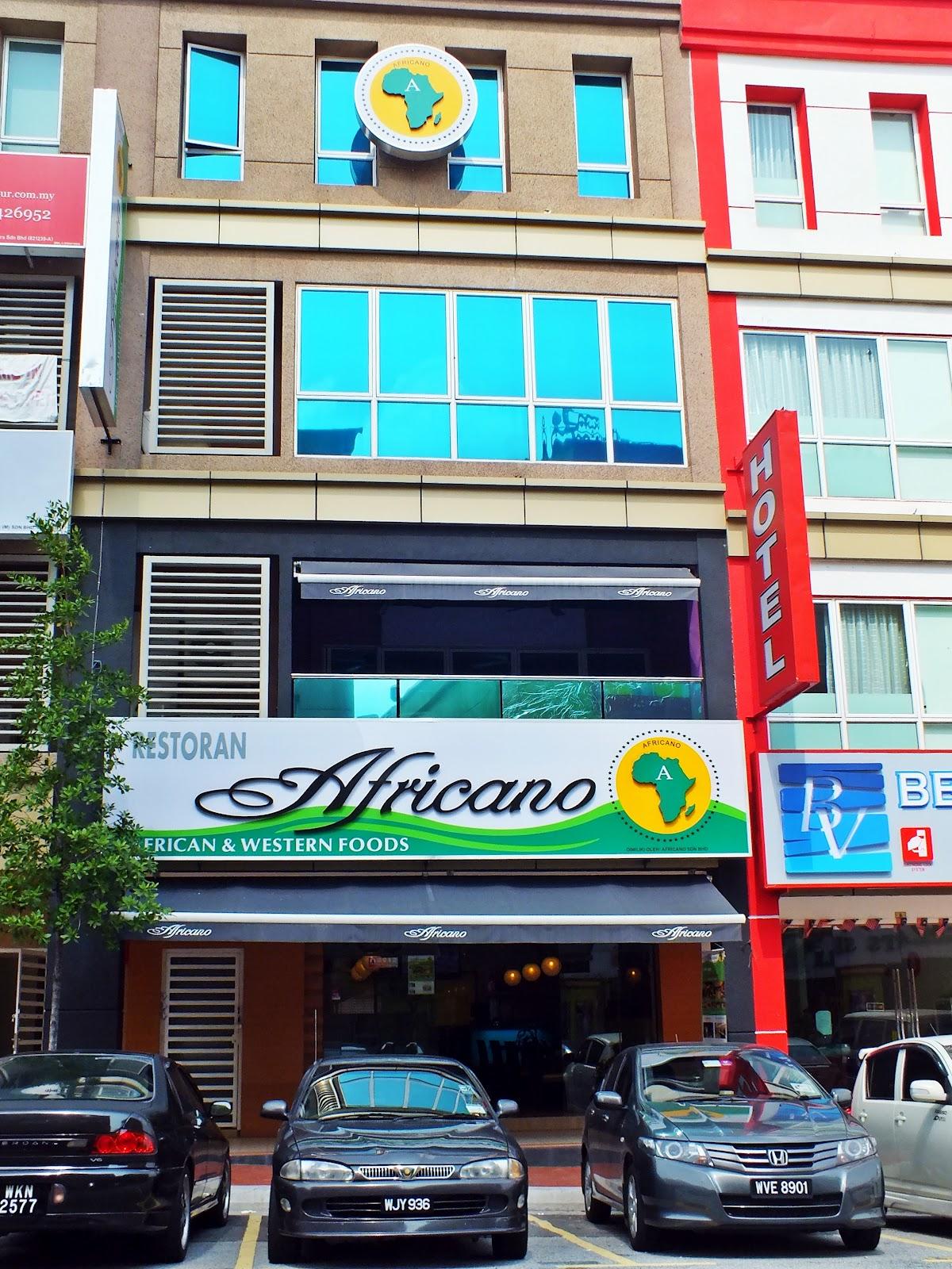 Venoth 39 s culinary adventures africano restaurant bar for Food bar kota damansara