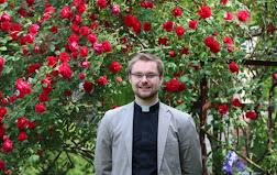 Arnaud BORE sera ordonné prêtre le 30 juin à 15 h à la cathédrale de Soissons