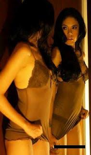 Hot,Foto Gak Jelas Nikita Mirzani Kembali Beredar