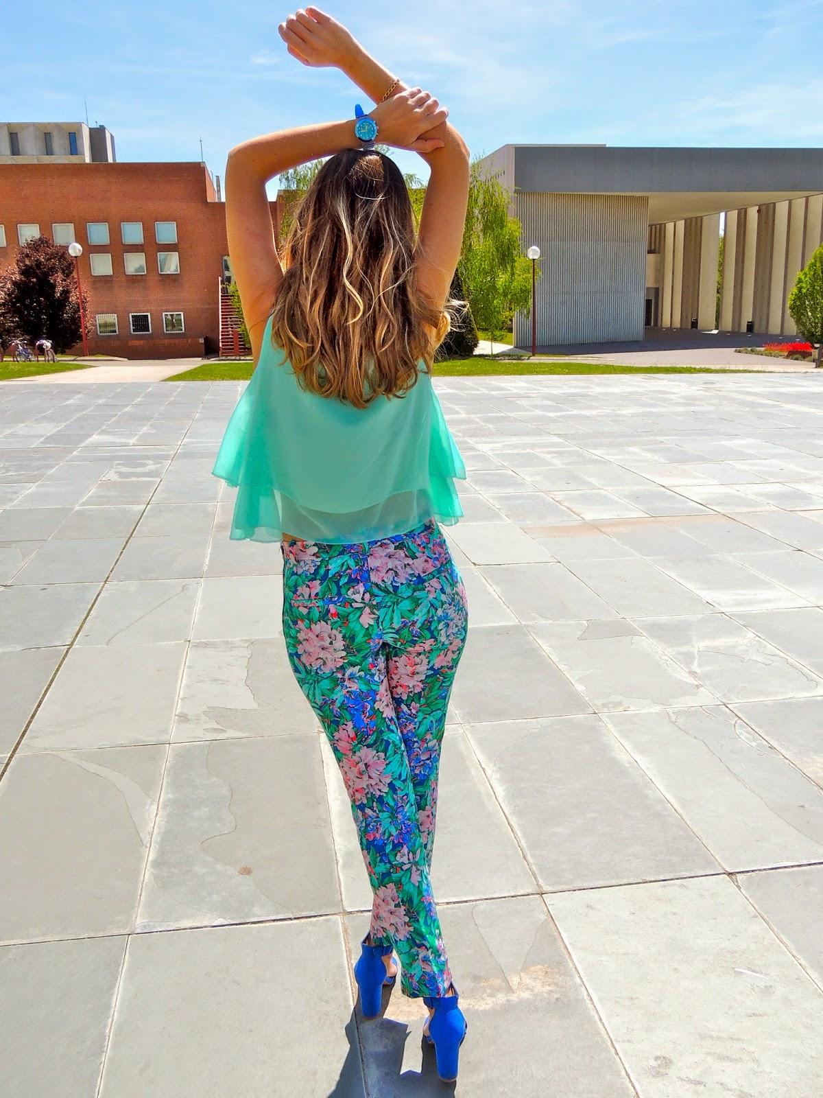 pantalones estampado floral