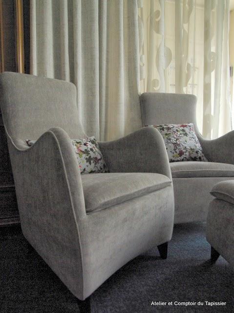 atelier et comptoir du tapissier fauteuils contemporains velours monceau. Black Bedroom Furniture Sets. Home Design Ideas