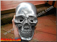 casting larger aluminum skull