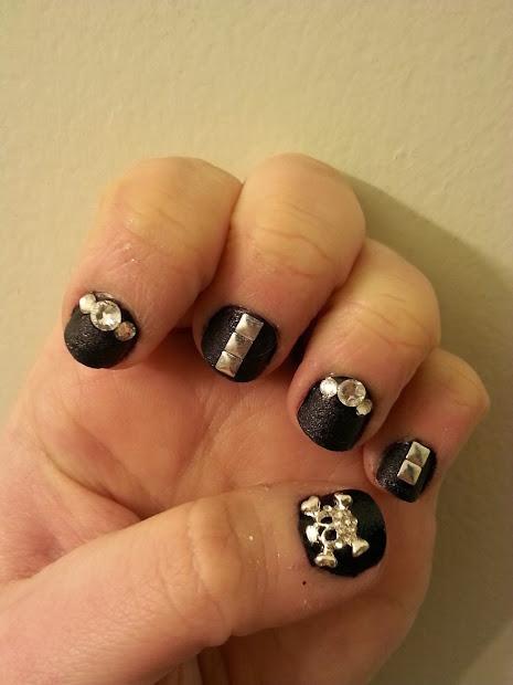 aquatic allure nails . bling
