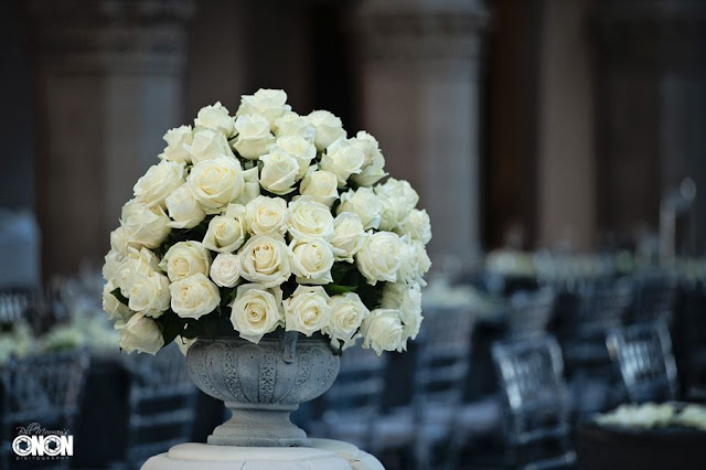 Banquette arrangement of white roses, Isha Foss Events