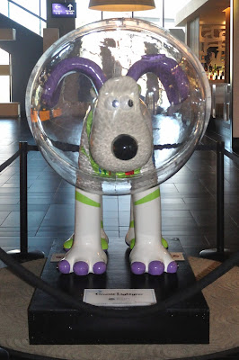 Gromit Lightyear (front view)