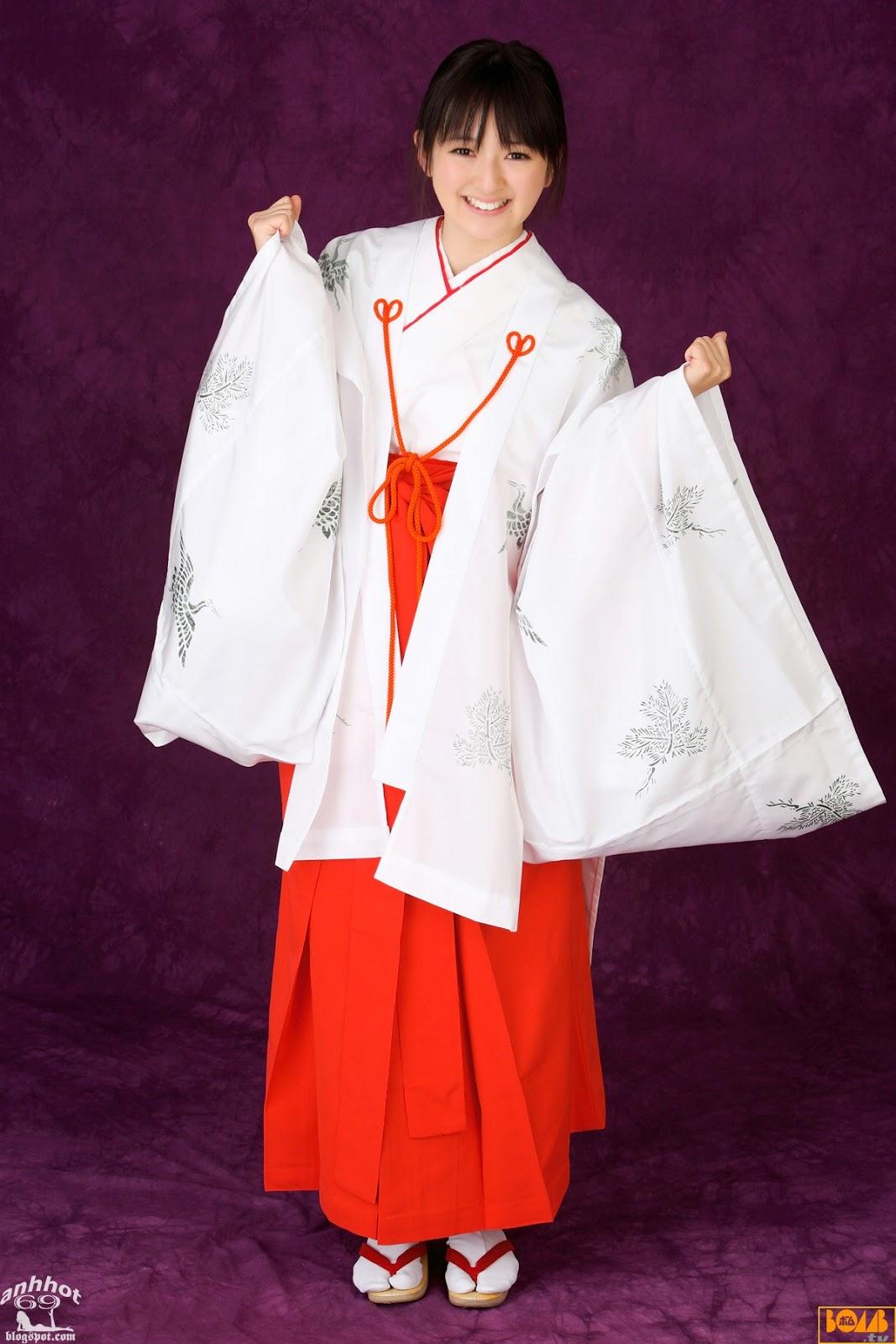 saki-takayama-01316303