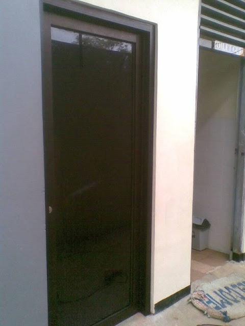 Pintu Aluminium Coklat