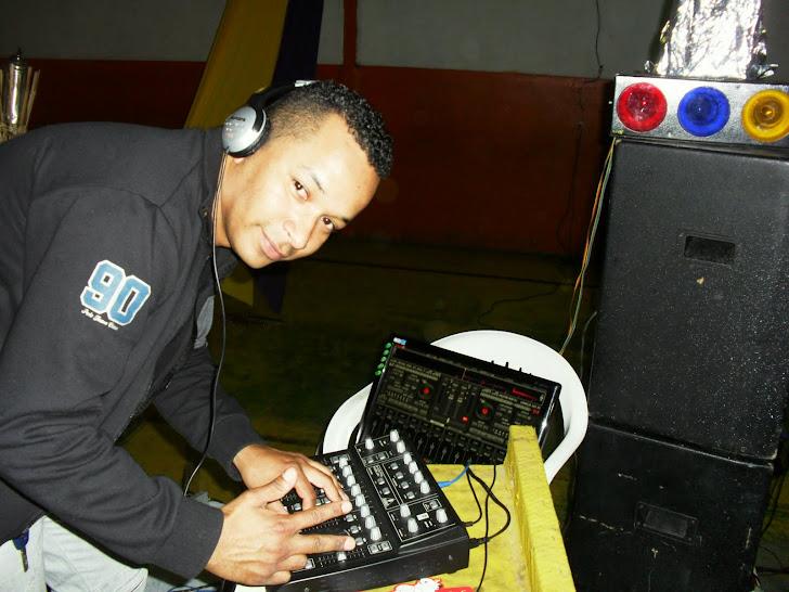 DJ CLAUDINHO GTMIX