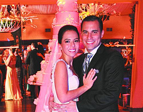 Matrimonio Jose Luis Repenning : Carolina pareja y josé luis asbún bodas