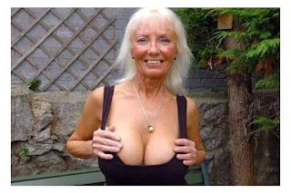 Amy Markham Nude