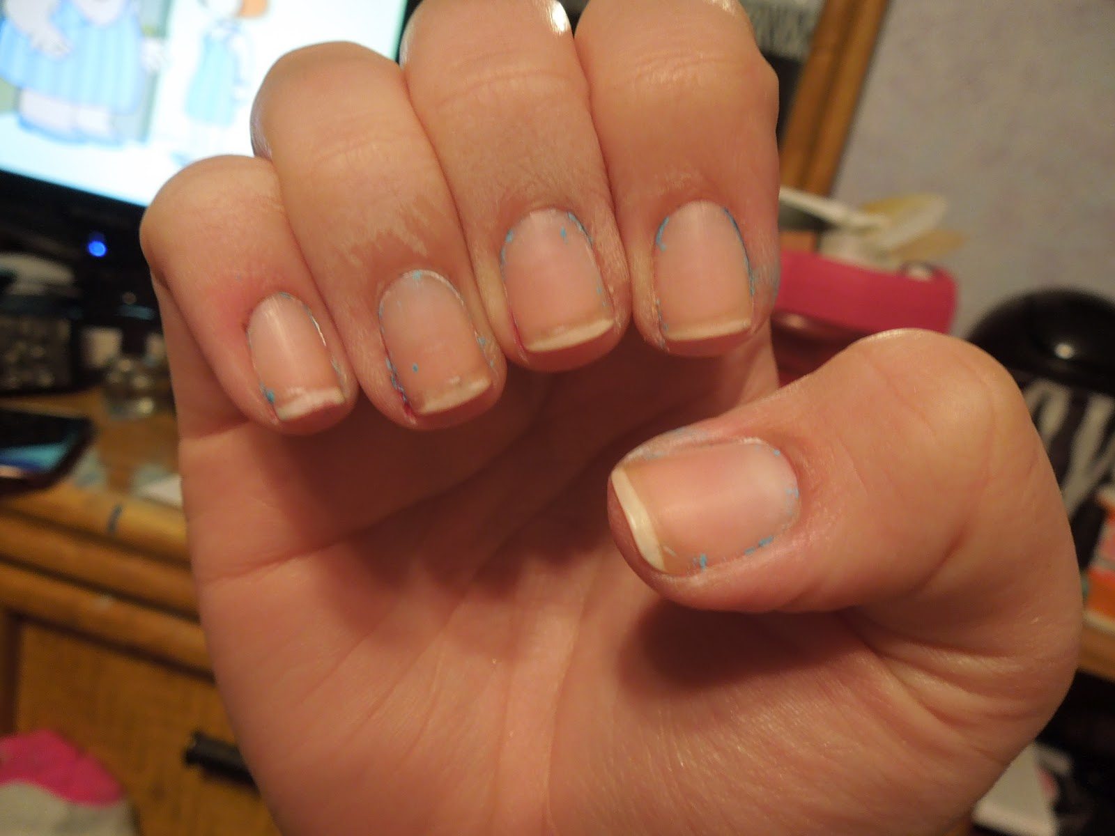 Pretty In Polish: How to remove your nail polish with tin foil