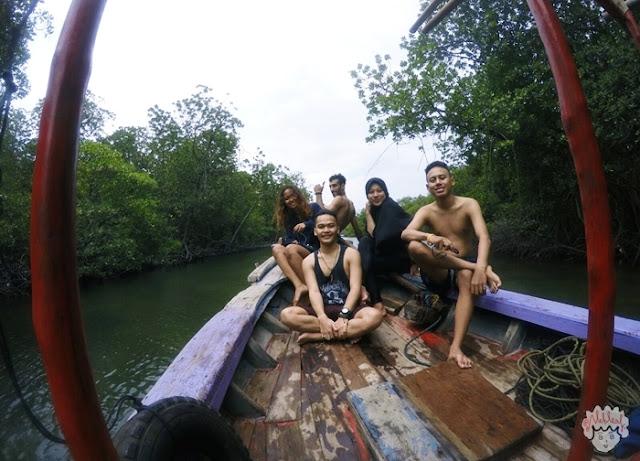Hutan Bakau Pulau Sangiang journeyofalek.com