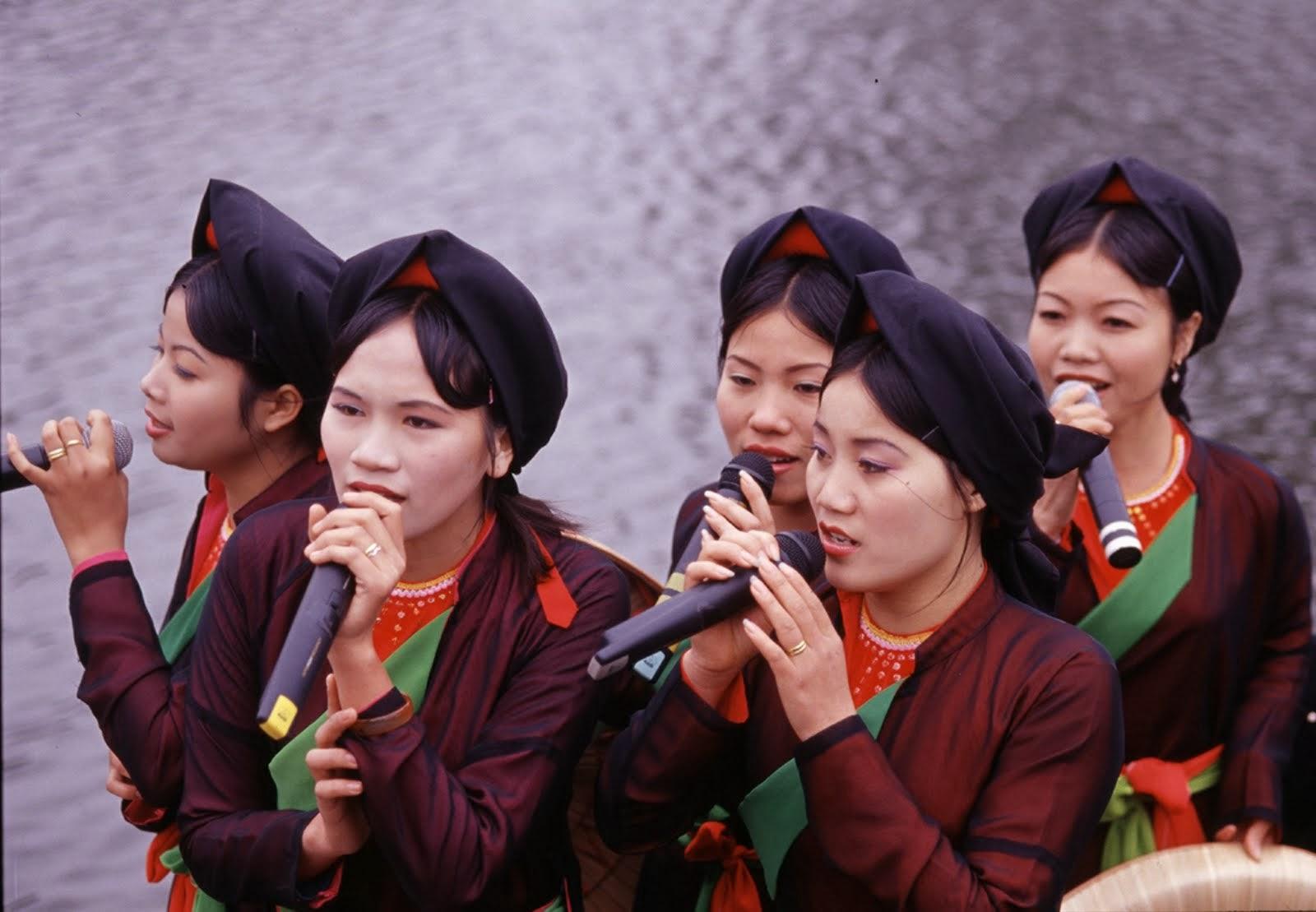 quan họ singers