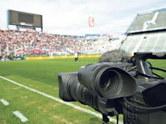 El combate preliminar por el negocio del fútbol argentino