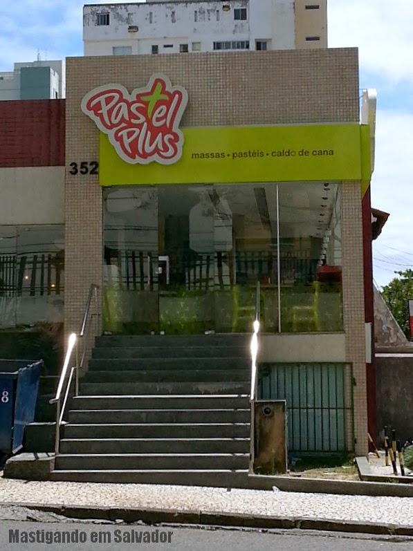 Pastel Plus: Fachada da loja da Pituba