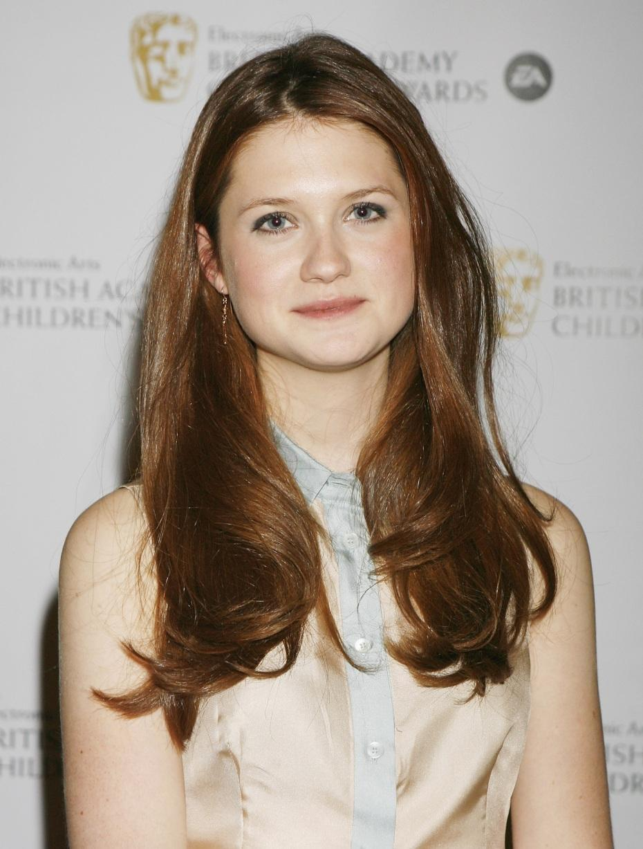 Ngentot Hot: Harry Potter's Bonnie Wright to play Lara Croft in Tomb ...