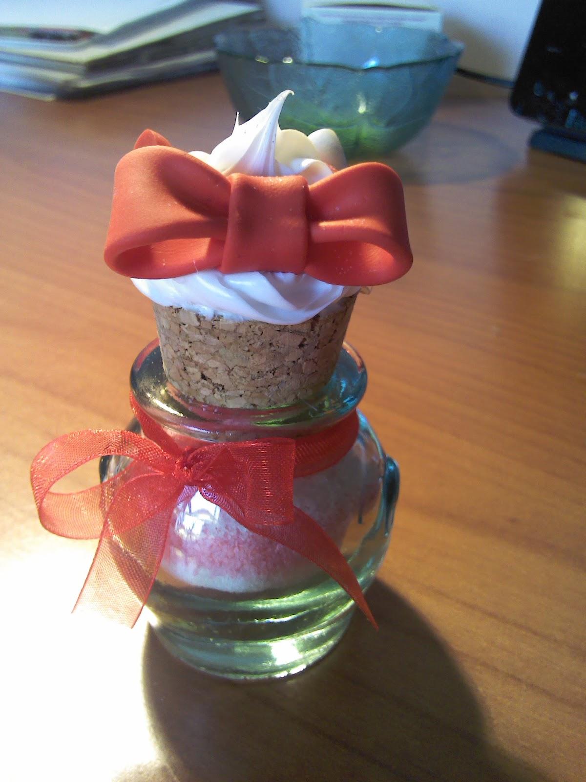 Dolci fantasie in fimo vasetti decorati - Vasetti vetro decorati ...
