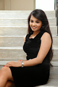 Actress Aarushi Glamorous Photos in Black-thumbnail-7