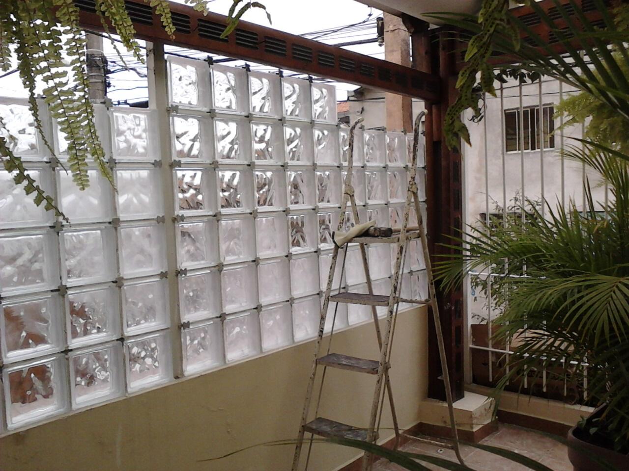 #2C2417 Parede de bloco de Vidro Casa & Conforto 1280x960 px Banheiro Decorado Com Bloco De Vidro 3649