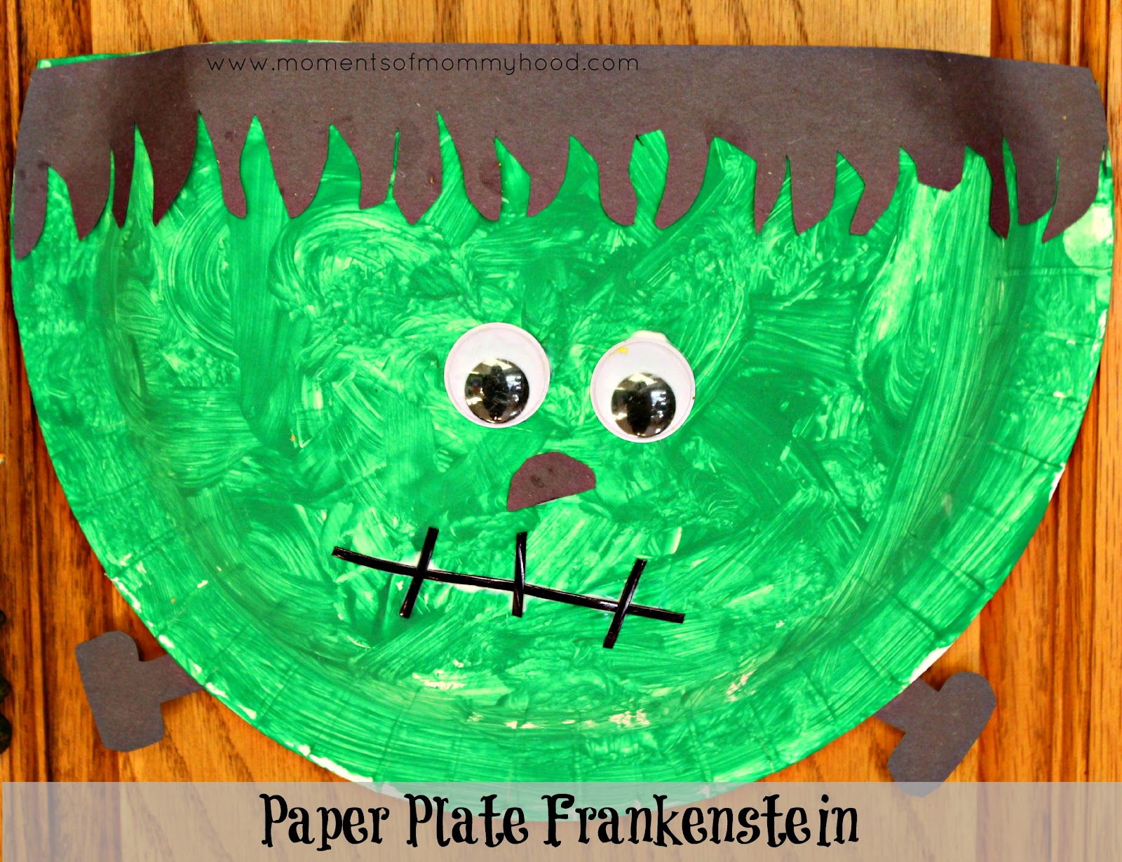 halloween paper plates We love frugal crafts check out our 5 adorable and easy halloween paper plate crafts you can do with your kids.