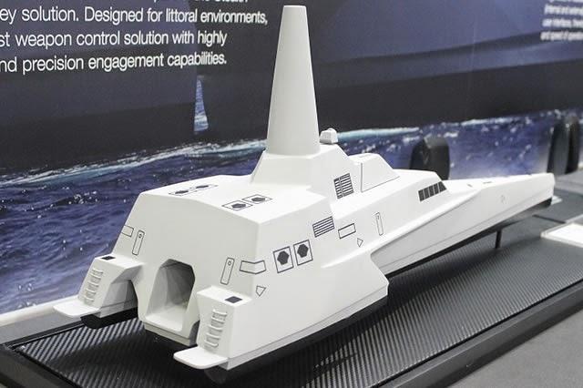 Radar Sea Giraffe 1X 3D yang ringan memungkinkan arsitektur kapal mendesain tiang kapal yang lebih tinggi untuk meningkatkan performa radar