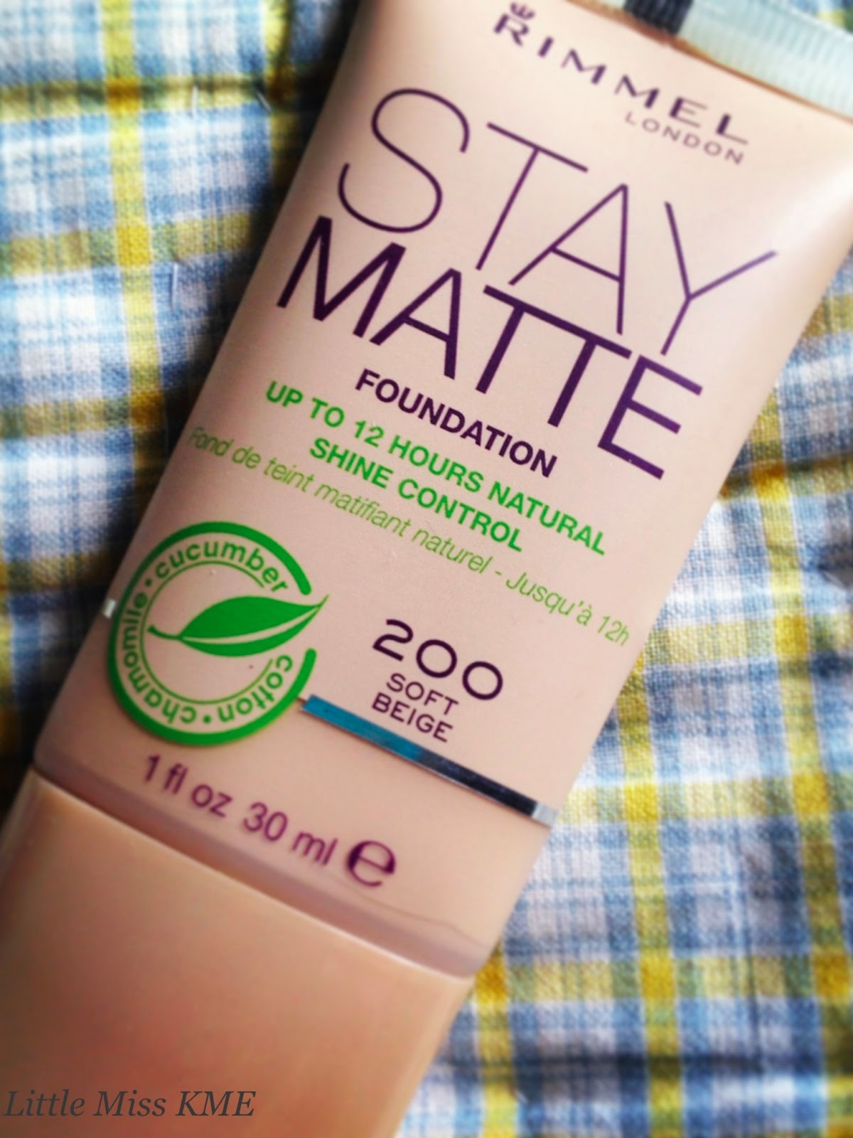 Rimmel Stay Matte Foundation Kiziwoo I Do Find Sometimes Get A Shiny T Zone So Opted For Rimmels Purchased Shade 200 Soft Beige Which Suits Me Perfectly During