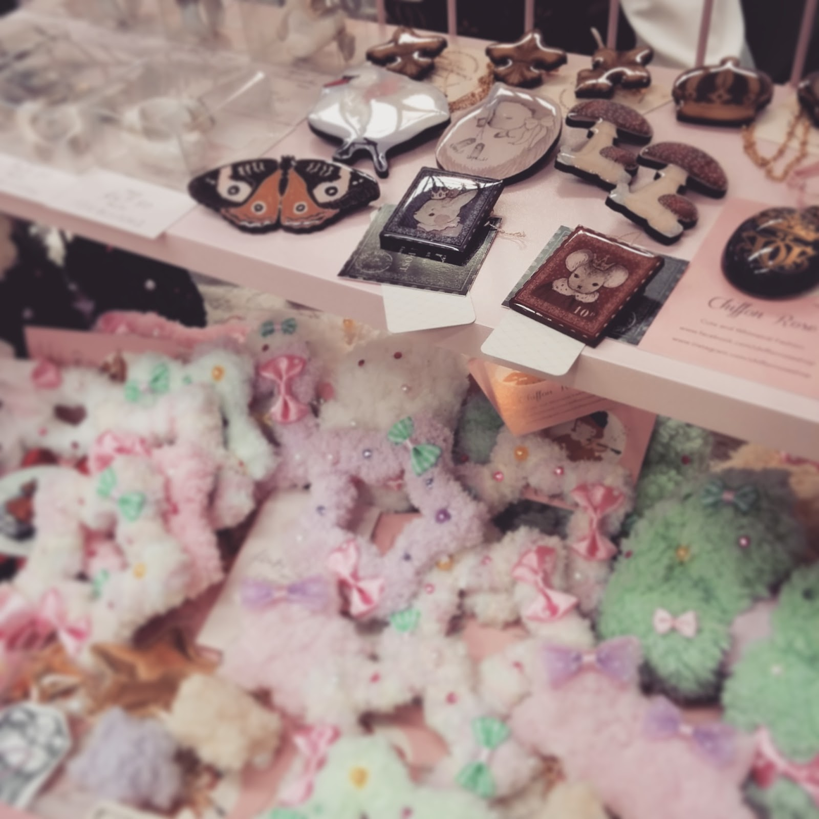 chiffon rose shop kawaii fashion cute woodland ilustration melbourne market supanova 2015