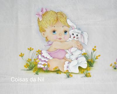 """pintura em fralda de menina, bebe com coelho"""