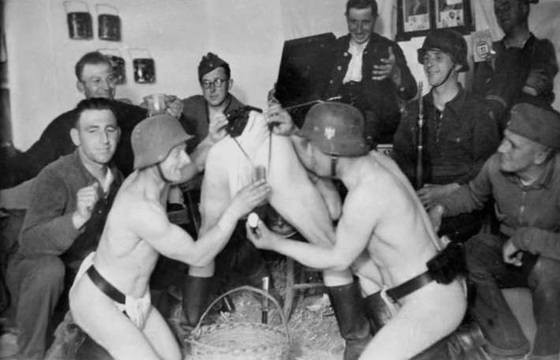 BBC - WW2 Peoples War - A Gay Soldiers Story