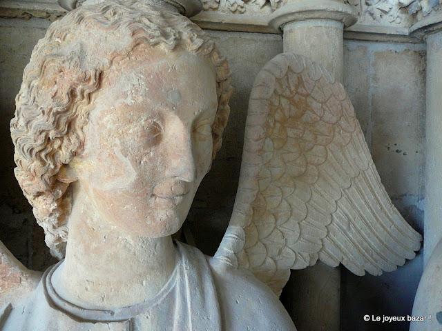 Reims - cathédrale - ange au sourire