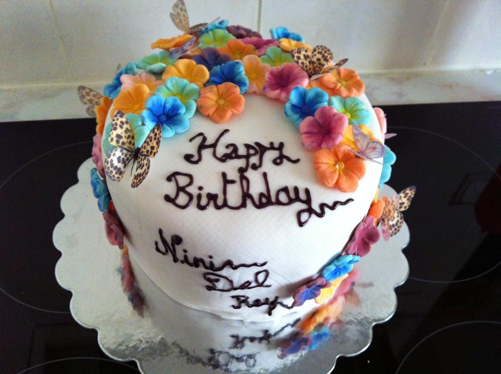 Josys Diner Lana Del Rey Cake