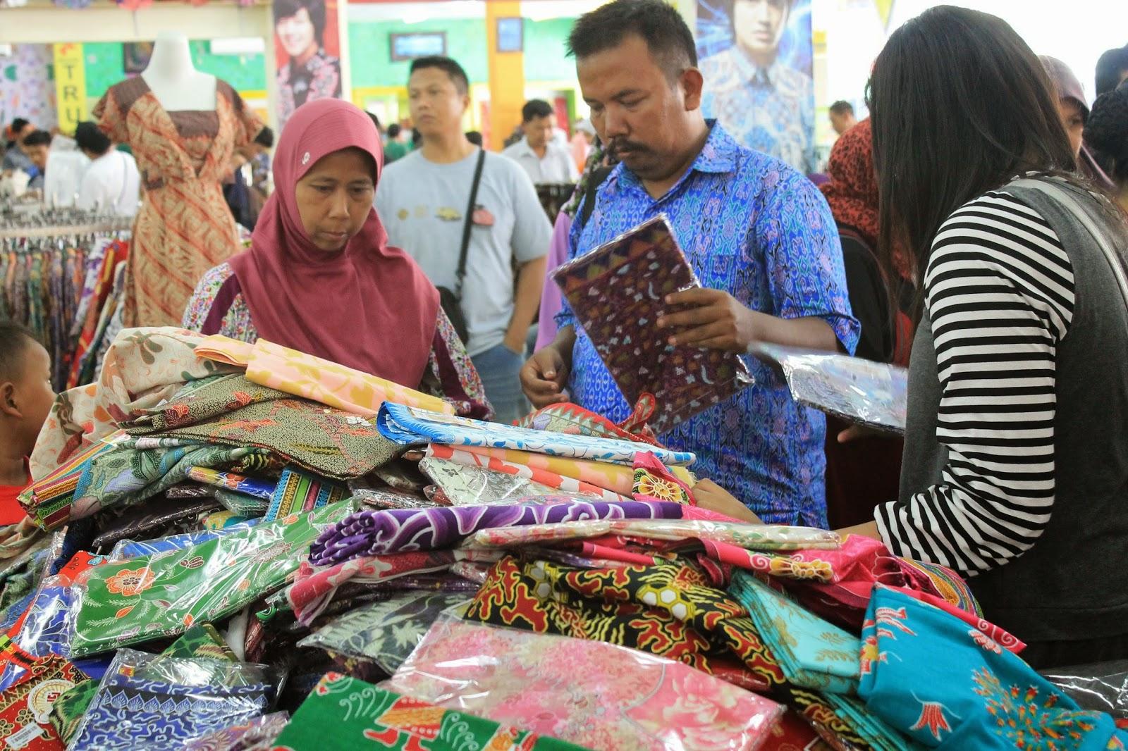 Agustus 2014 Pusat Grosir Batik Trusmi Produk Ukm Bumn Bahan Songket Sulam Katun Merah Tidak Masalah Motif Dicontek