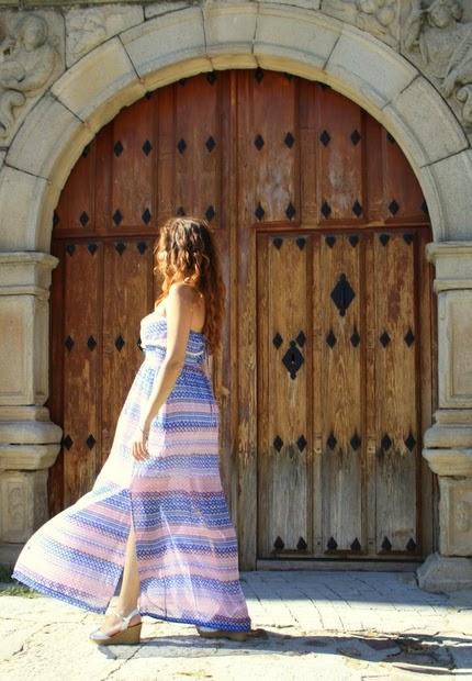 vestido étnico tonos pastel