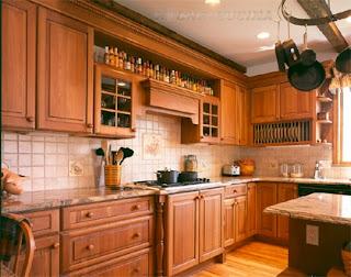Wooden Italian Kitchen