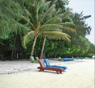 Pantai pasir putih Kepulauan Seribu