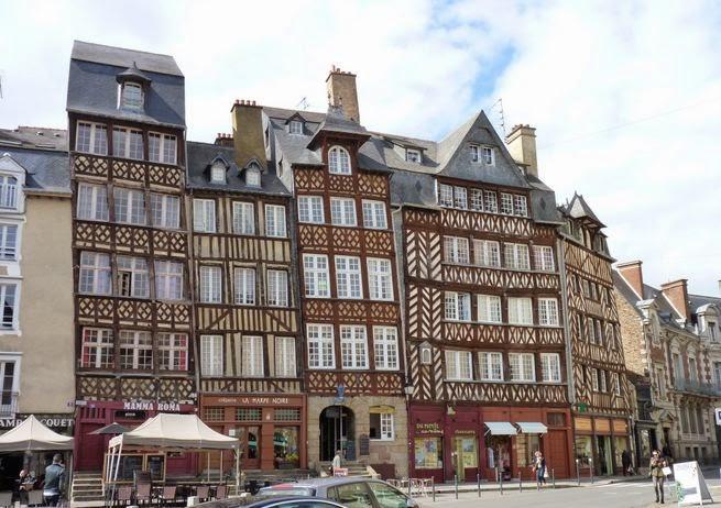 Place du Champ-Jacquet, Rennes.