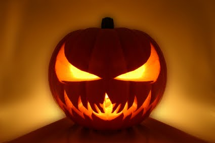 click to get enlarge picture of these scary pumpkin faces to carve your own pumpkin as jack o lantern for the coming halloween day - Scary Halloween Pumpkin Faces
